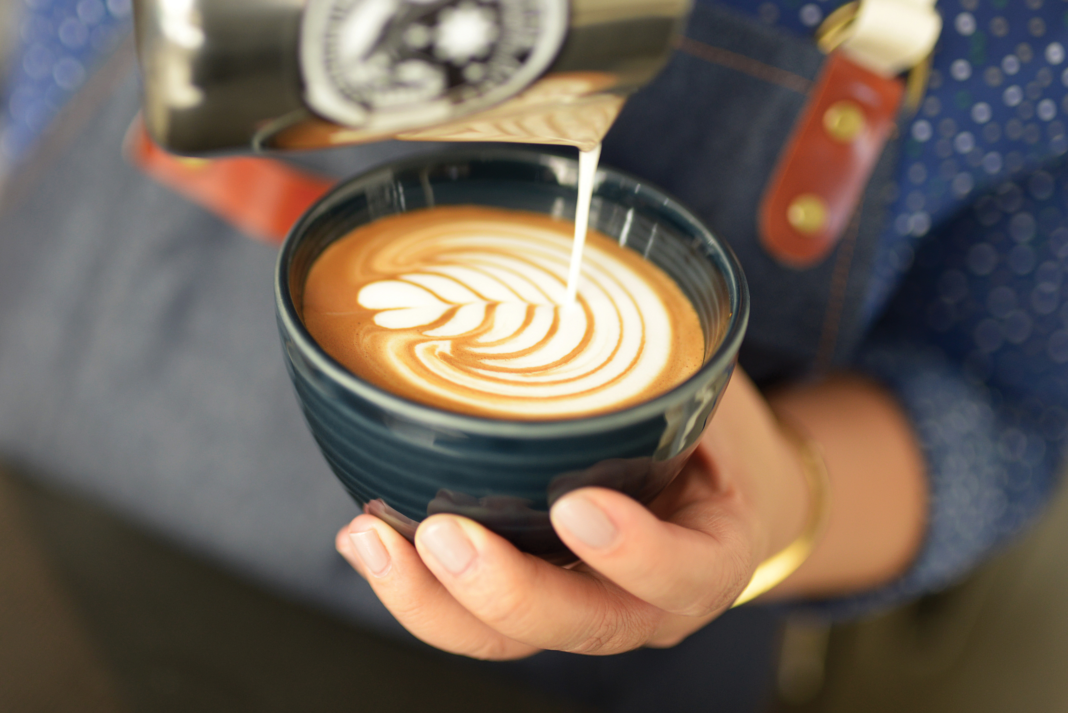 art-on-the-cup-heart-fp